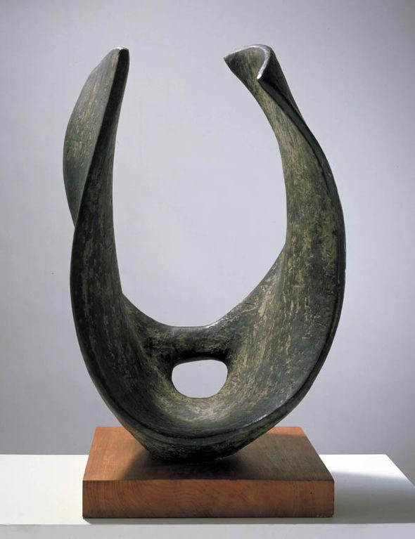 St Ives Barbara Hepworth sculpture