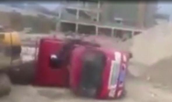 Tipper truck viral video