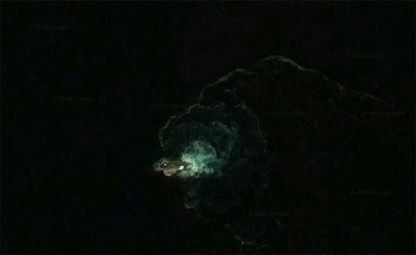 Google Earth mysterious creature Antarctica