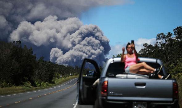 Hawaii volcano eruption: ash clouds