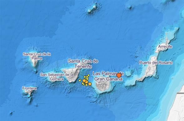 Tenerife holidays travel advice earthquake volcano