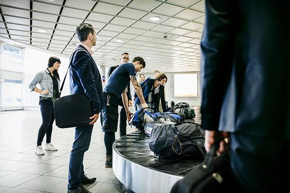 cheap holidays 2018 save money flightsmoney saving expert top cashback holiday deal thomas cook british airways expedia summer holiday 2018