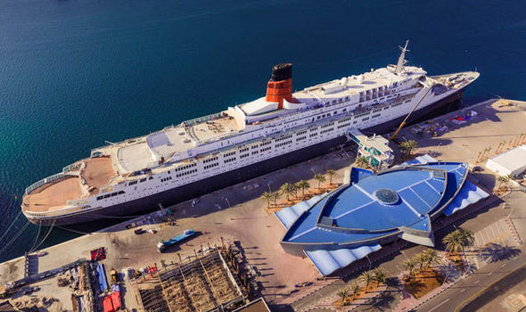 Cruise news: Where is the QE2? Iconic ship unveiled as luxurious floating hotel in Dubai