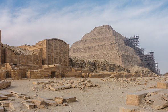Great Pyramid of Giza burial ground Egypt